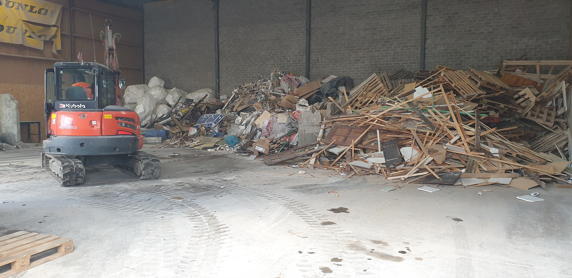 Afvalverwerking bij Naus Gronsveld